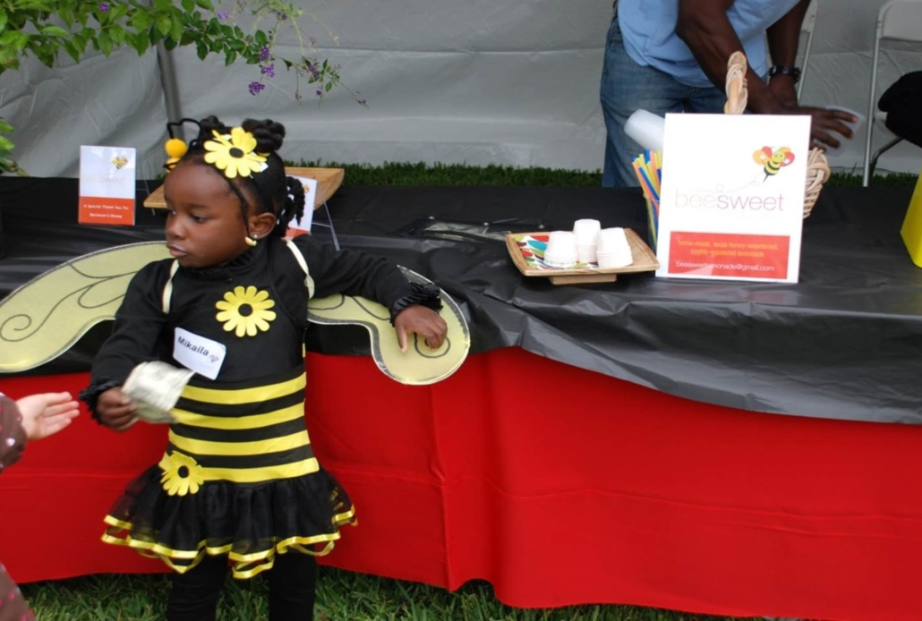 this photo shows how young Mikaila Ulmer was when she founded Me & the Bees Lemonade