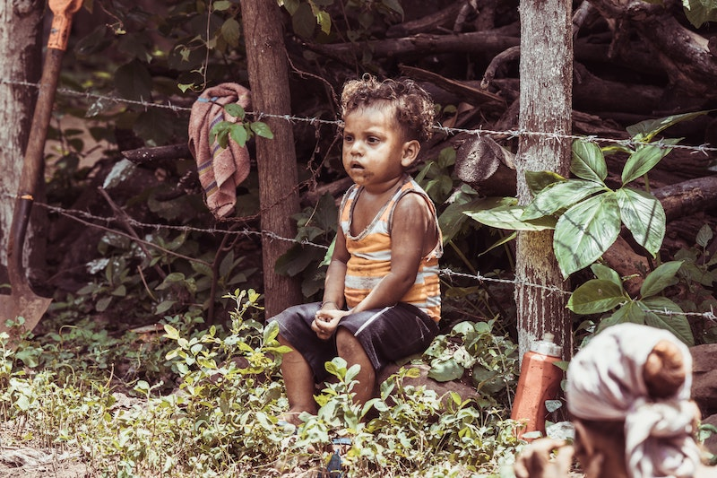this photo shows an impoverished child in Nicaragua and illustrates the need for the Great Reset of global socioeconomics