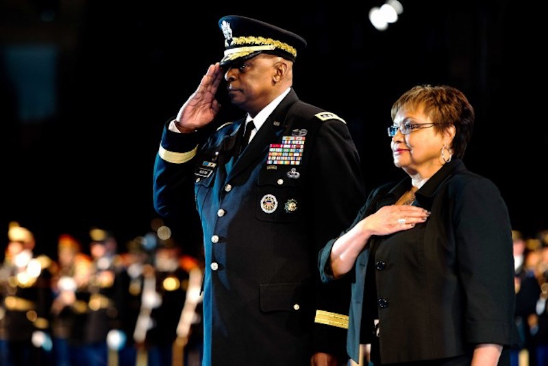 this photo shows Secretary of Defense Gen. Lloyd Austin at his retirement ceremony from the Army in 2016